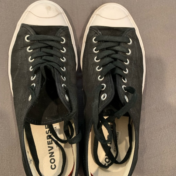 2 pairs of converse shoes